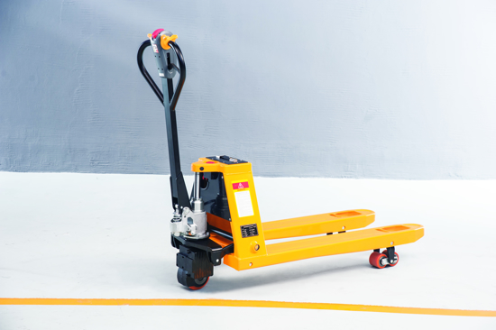 Picture of Arrow 1.5T Semi - Electric Pallet Jack -